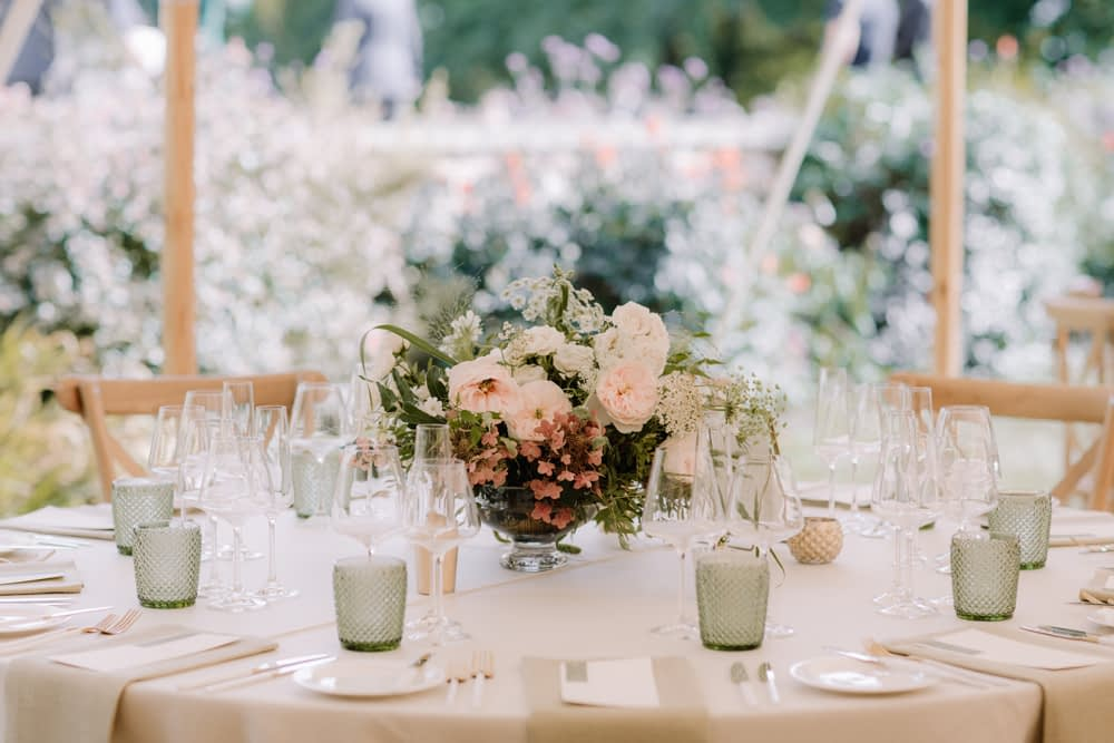 """Image by <a class=""""text-taupe-100"""" href=""""http://www.rebeccagoddardphotography.com"""" target=""""_blank"""">Rebecca Goddard Photography</a>   Wedding Planning by <a class=""""text-taupe-100"""" href=""""https://nataliehewitt.co.uk"""" target=""""_blank"""">Natalie Hewitt</a>."""