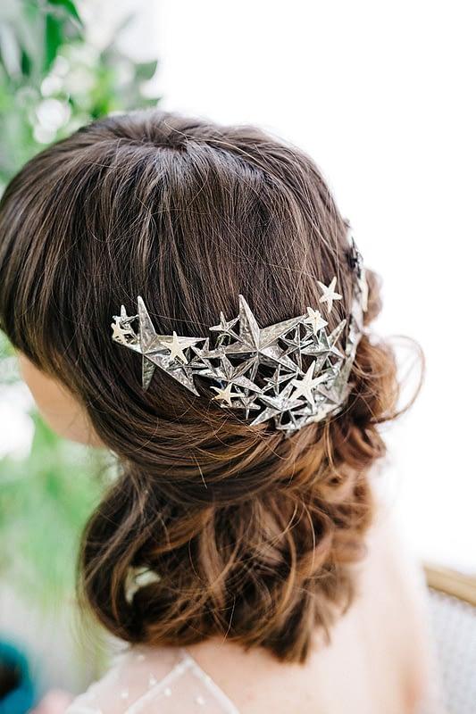 "Image by <a class=""text-taupe-100"" href=""https://www.diez-bordons.com"" target=""_blank"">Diez & Bordons</a> via <a class=""text-taupe-100"" href=""http://www.rockmywedding.co.uk"" target=""_blank"">Rock My Wedding</a>   Headpiece by <a class=""text-taupe-100"" href=""http://www.alial.es"" target=""_blank"">Alial</a>."