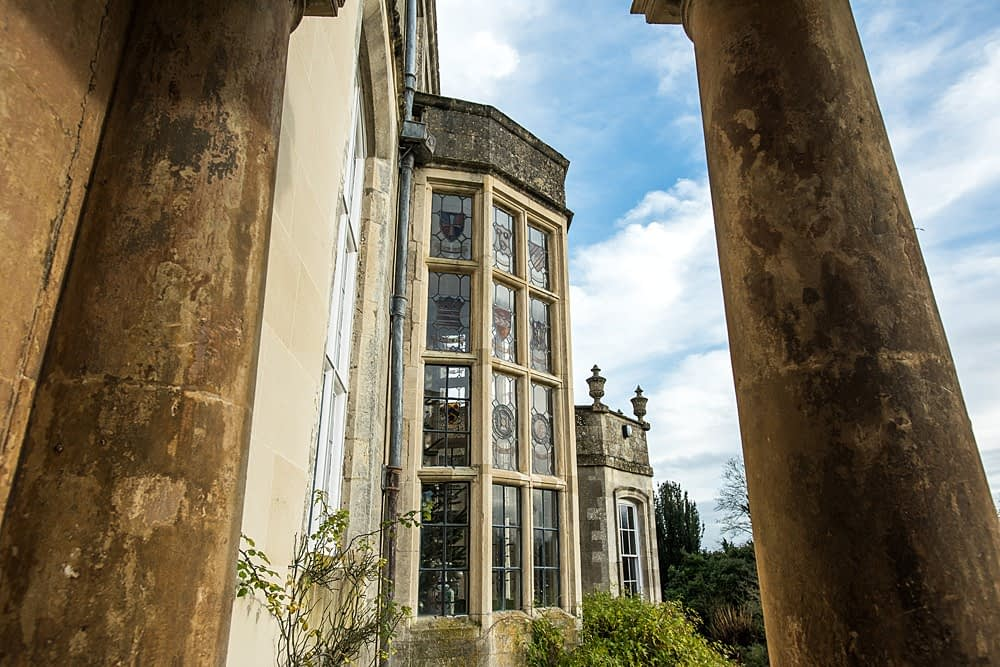 "Image by <a class=""text-taupe-100"" href=""http://www.racheljonesphotography.co.uk"" target=""_blank"">Rachel Jones Photography</a>."