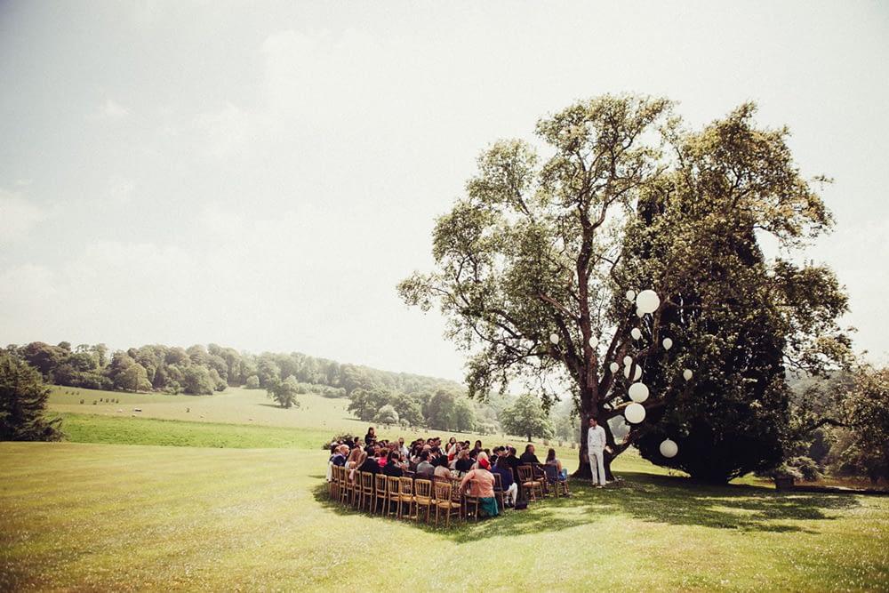 """Image by <a class=""""text-taupe-100"""" href=""""http://flowertoss.com"""" target=""""_blank"""">Flowertoss Weddings</a>."""