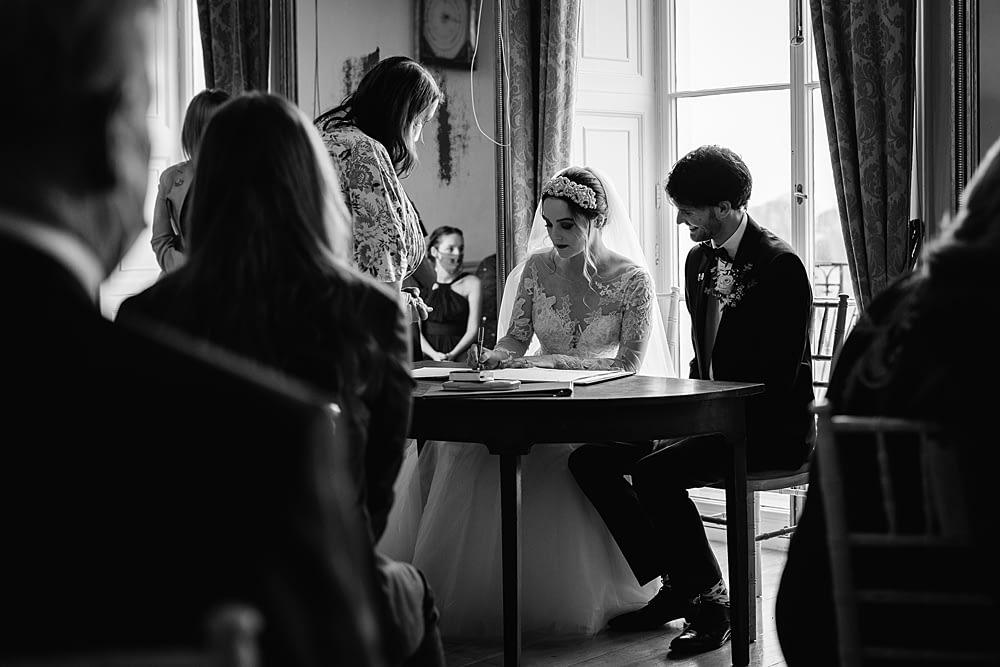 "Image by <a class=""text-taupe-100"" href=""http://www.alextozeweddings.co.uk"" target=""_blank"">Alex Toze Photography</a>."
