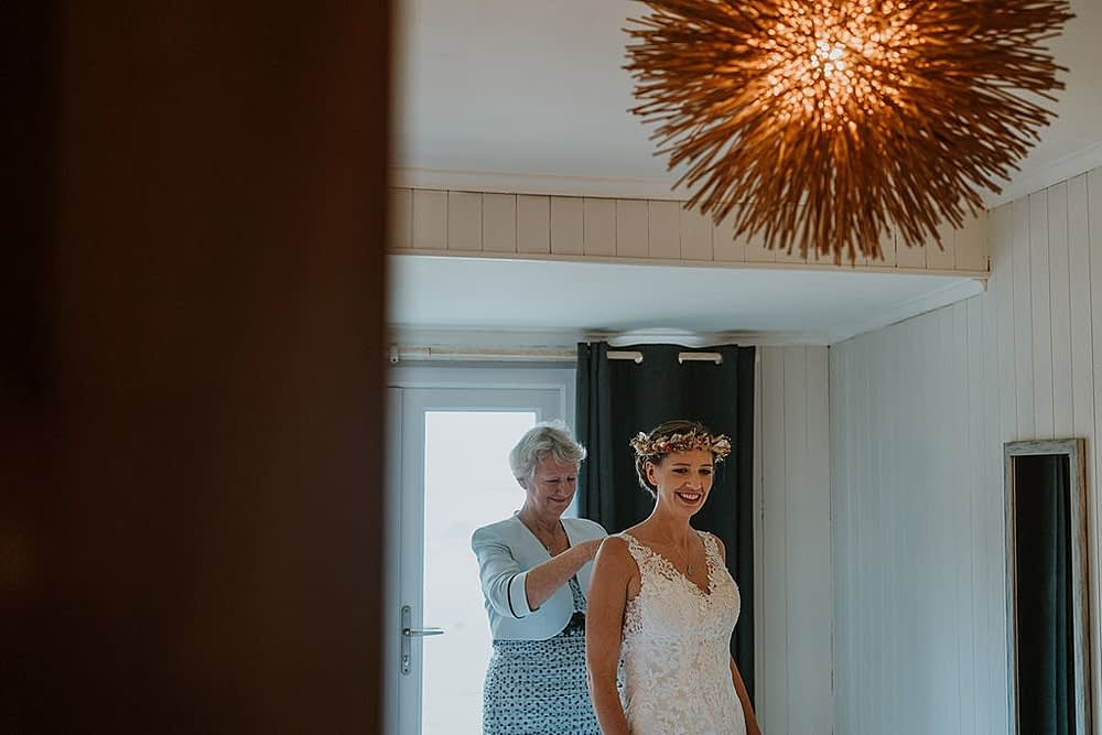 """Image by <a class=""""text-taupe-100"""" href=""""https://www.alexapoppeweddingphotography.com"""" target=""""_blank"""">Alexa Poppe Photography</a>."""