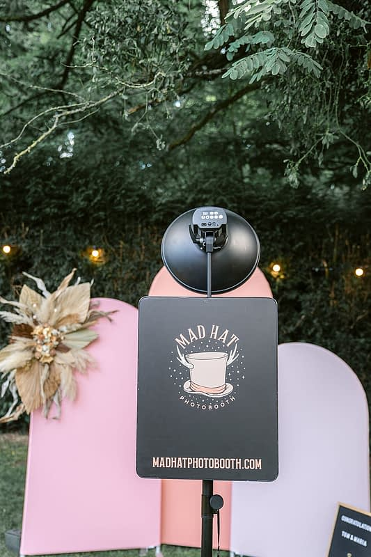 """Image by <a class=""""text-taupe-100"""" href=""""http://www.jessicaraphaelphotography.com"""" target=""""_blank"""">Jessica Raphael Photography</a>."""