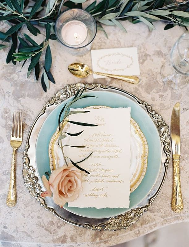 "Image by <a class=""text-taupe-100"" href=""http://www.carolinetran.net"" target=""_blank"">Caroline Tran</a> via <a class=""text-taupe-100"" href=""http://greenweddingshoes.com"" target=""_blank"">Green Wedding Shoes</a>."
