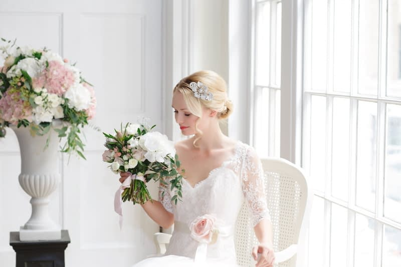 bridal-accessories-london-wedding-glitzy-secrets-10