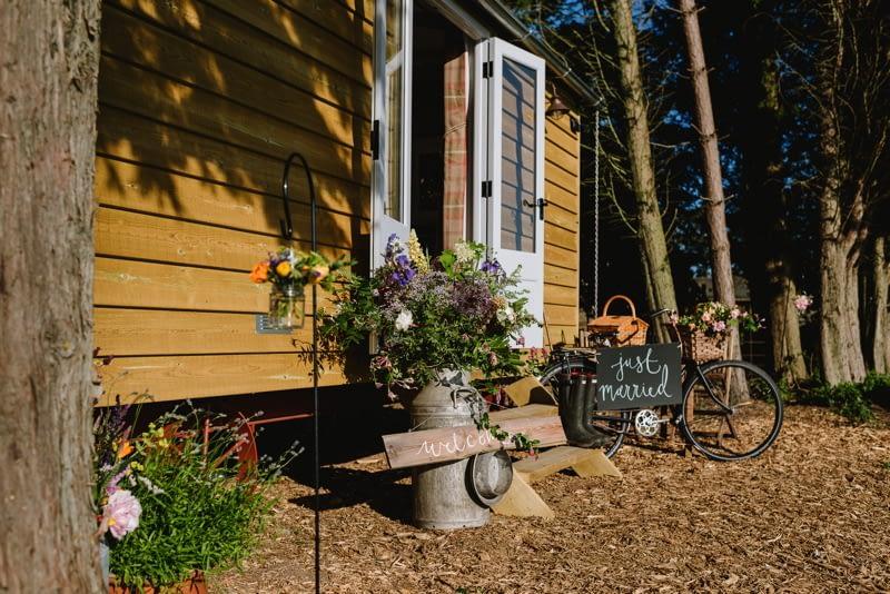 wedding-accommodation-glamping-shepherds-hut-norfolk-godwick-hall-43