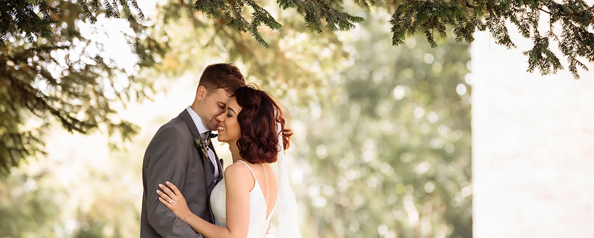 6 Things You Should Expect From a Wedding Day Coordinator
