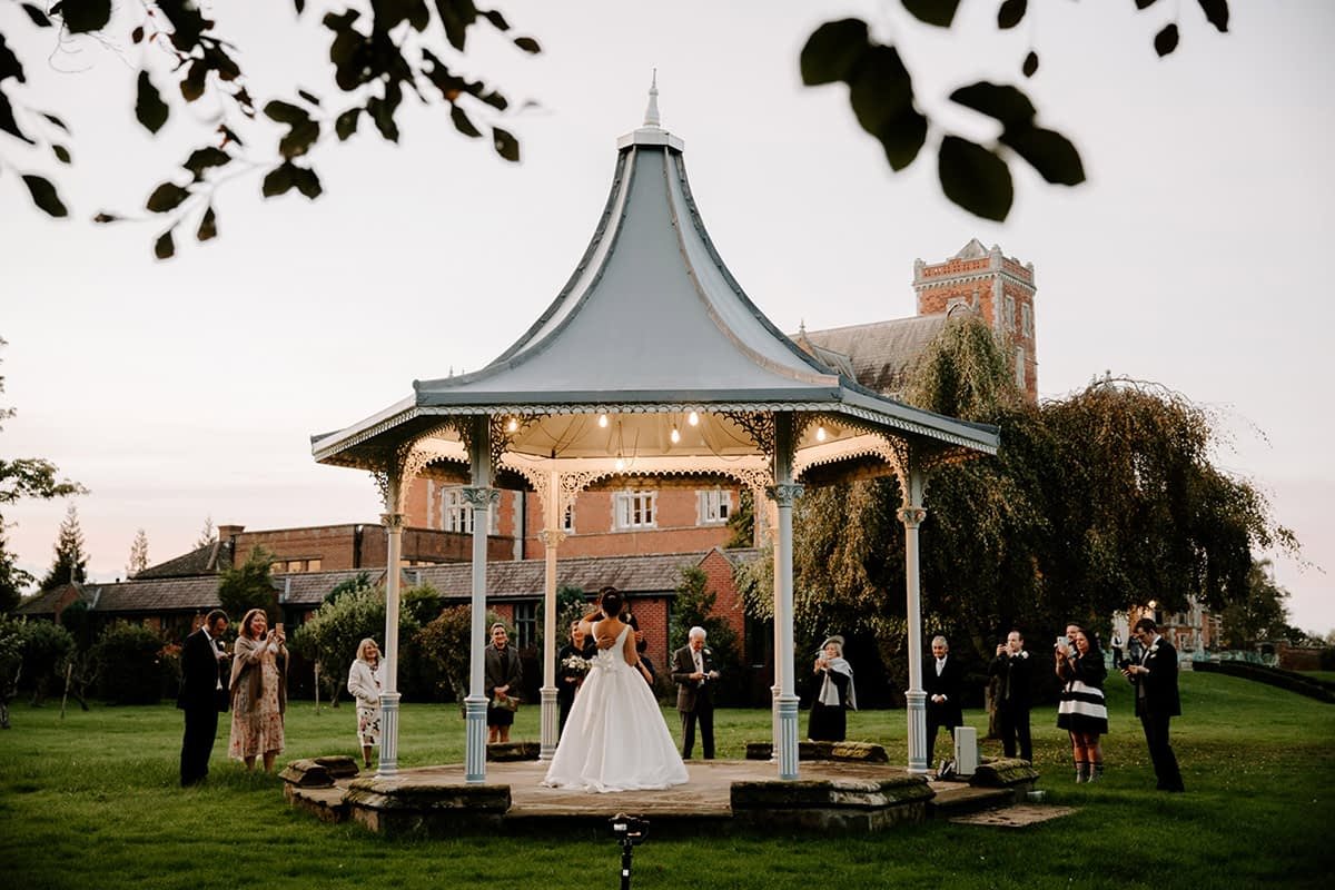 Covid 19 Wedding Ideas Tips For A Covid Safe Wedding Reception